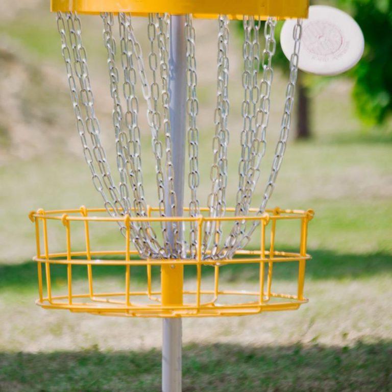 32 – Frisbeegolf