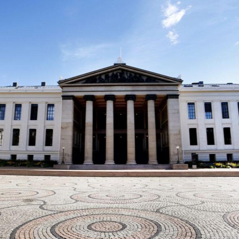 86 – Den engelske trusselen på norske universitet